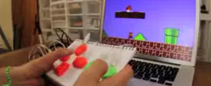 MaKey MaKey, l'accessoire Geek indispensable