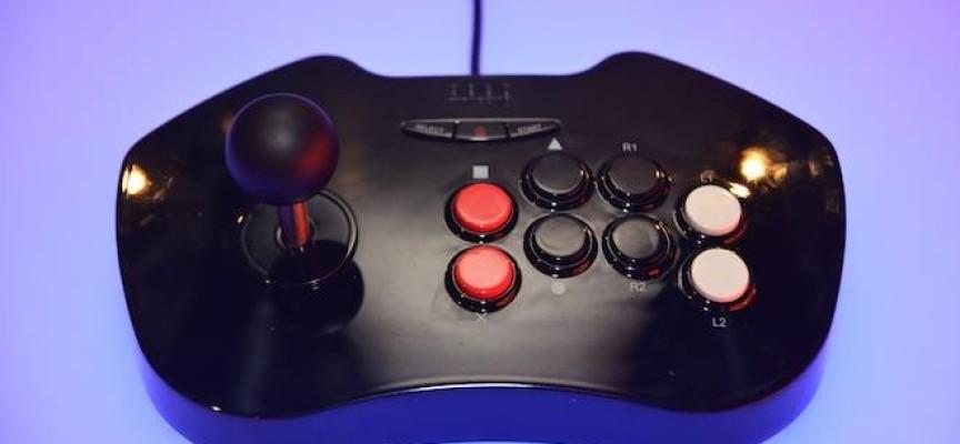 Arcade stick Gioteck RK-1