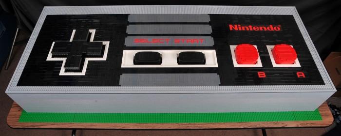 Manette géante NES en LEGO