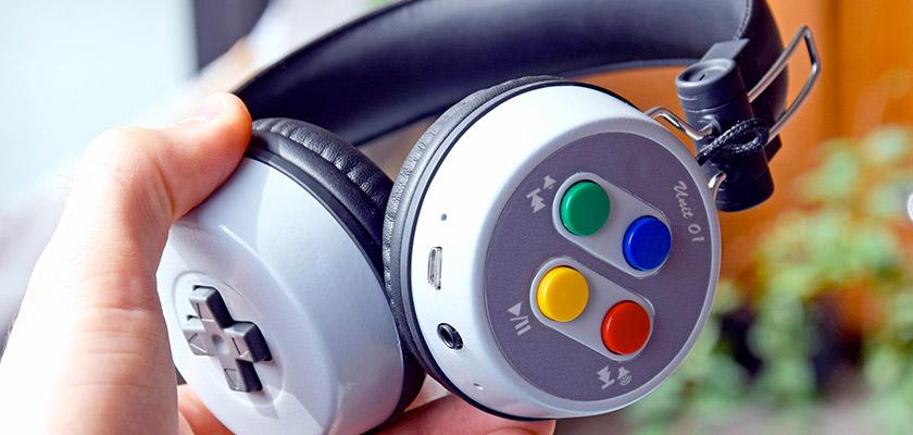 Le casque néo-rétro 16-Beat aux couleurs de la SNES passe en Kickstarter