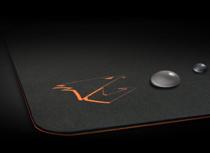 Test Aorus AMP500 – Tapis de souris gamer