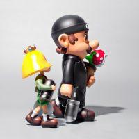 Super Professionnal - figurine Super Mario - film Leon