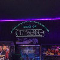 man cave flynn's arcade 2.0 - Tron