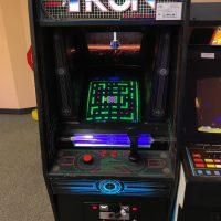 man cave flynn's arcade 2.0 - borne arcade Tron