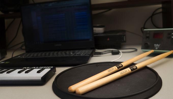 Senspad - instrument- batterie electronique portable