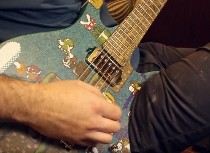 Il crée une guitare électrique Super Mario World avec 10 000 bâtonnets de sucette
